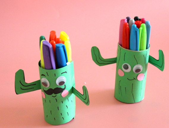 how+to+make+a+cactus+pen+holder